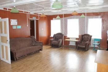 Зал в правом корпусе - 2.jpg
